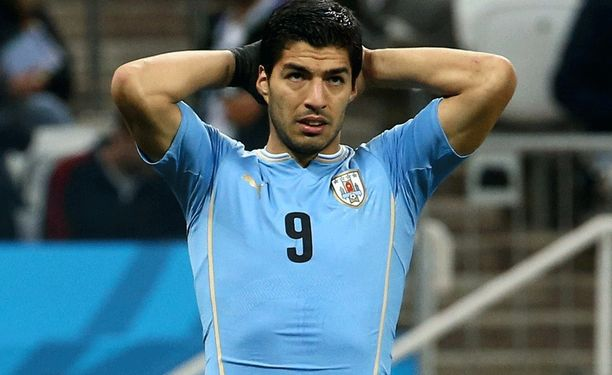 Luis Suarez on uusi ennätysmies kyseenalaisessa tilastossa.