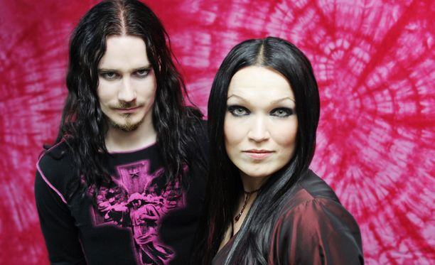 Tuomas Holopainen ja Tarja Turunen ajautuivat riitoihin vuonna 2005.