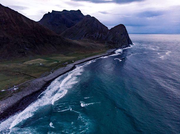 Norjan poliisi tutkii sukellusonnettomuuden syytä.