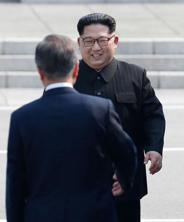 Kim Jong-un tapasi eilen Etelä-Korean Moon Jae-inin maiden välisellä rajavyöhykkeellä.