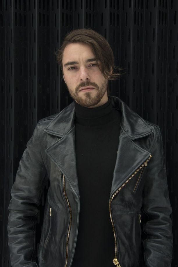 Laulaja Leo Stillman kohautti kiroilemalla Emma-gaalassa.
