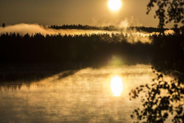 Suomen suven järvimaisema on maagisen kaunis. Veteen hukkuu kuitenkin joka juhannus ihmisiä.