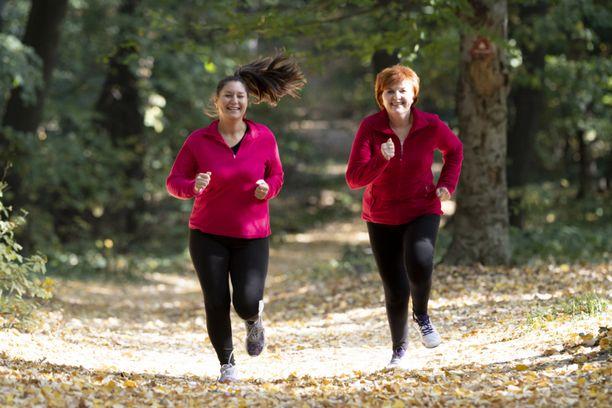 Liikunnan harrastamisen aloittaminen ei ole liian myöhäistä vielä keski-iässäkään.