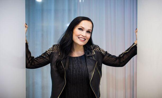 Tarja Turunen tuli tunnetuksi Nightwish-yhtyeen vokalistina. Turunen oli mukana bändissä vuodet 1996-2005.