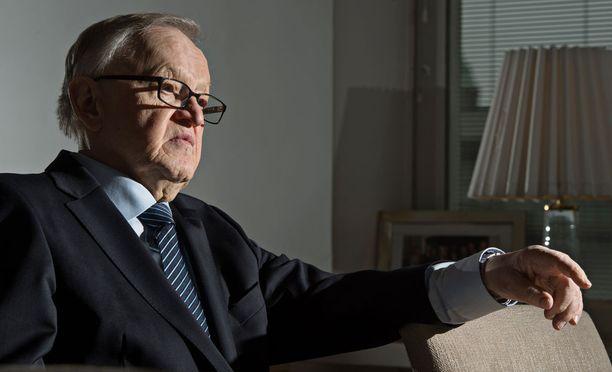 The Elders -ryhmä, johon myös presidentti Martti Ahtisaari kuuluu, suree hyvän ystävänsä ja kunnioitetun kollegansa Kofi Annanin poismenoa.