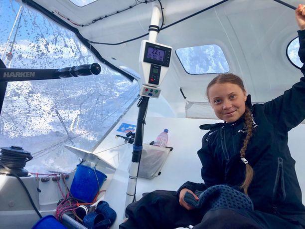 Greta Thunbergin kahden viikon matka Atlantin yli on päättynyt. Hän on päivittänyt matkan vaiheista aktiivisesti Twitter-tilillään.