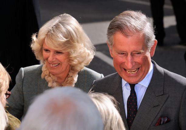 Prinssi Charlesilla ja herttuatar Camillalla ei tiedettävästi ole yhteisiä lapsia. Molemmilla on lapsia entisistä avioliitoista.