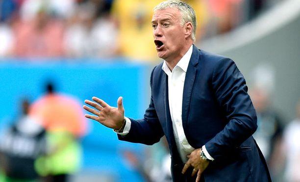 Didier Deschamps joutuu pohtimaan pelaajavalintojaan perjantain Saksa-otteluun.