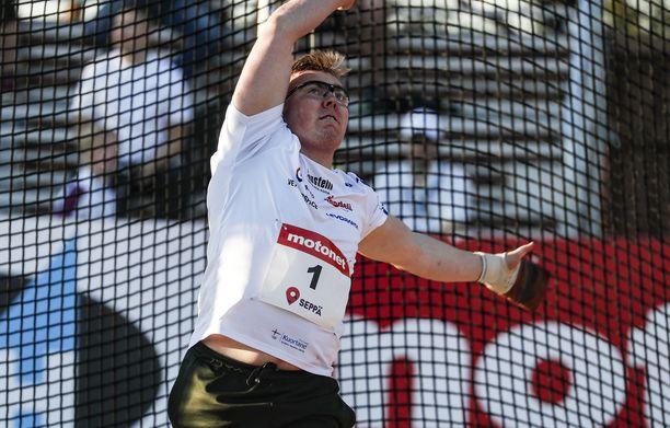 Aaron Kankaan tämän kauden toistaiseksi heikoin kilpailu oli viime viikon keskiviikkona Jyväskylässä, kun leka lensi vain 72,76.