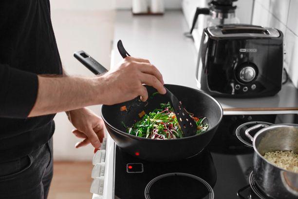 Hetki wok-sekoitukset sisältävät monipuolisesti erilaisia kasviksia.