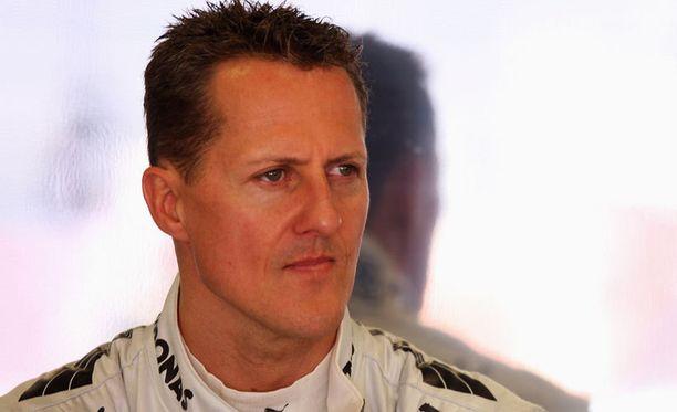 Italialaistoimittajan mukaan Michael Schumacher kommunikoi itkemällä.