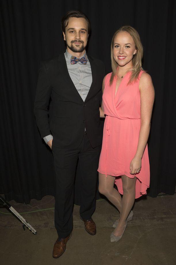 Mikko ja Sara tunnetaan Salatut elämät -sarjasta.
