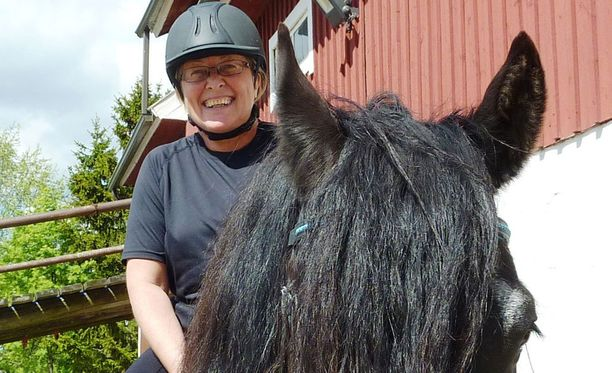 Jaana Mäkiniemi löysi uuden työn kovan yrittämisen jälkeen.