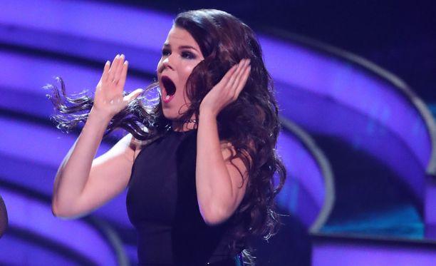 Saara Aallon matka jatkuu Britannian X Factorissa.