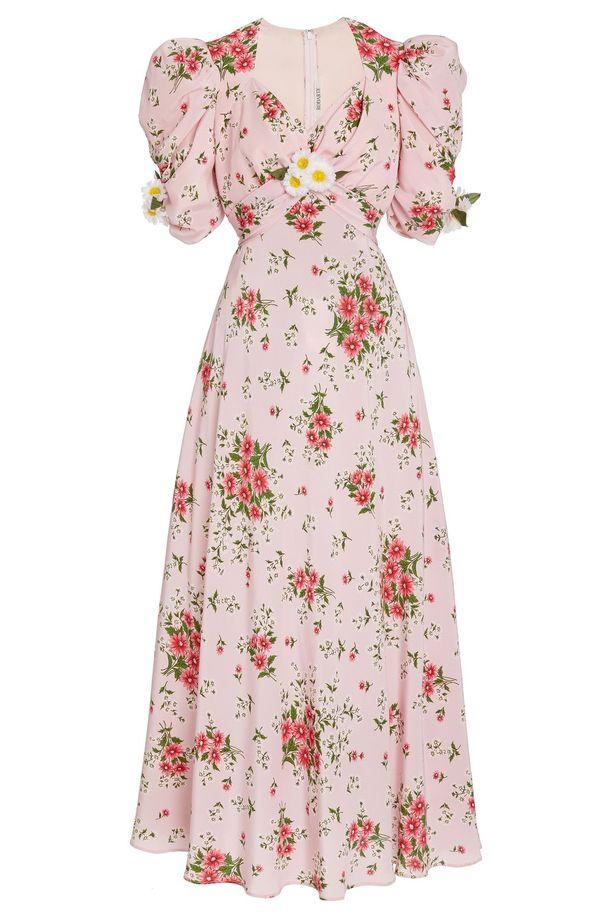Rodarten päivänkakkaroilla somistettua mekkoa on saatavilla vain merkin yhdysvaltalaisesta verkkokaupasta.