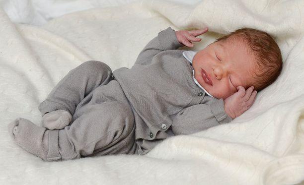 Prinssi Nicolas syntyi maanantaina 15. kesäkuuta. Hän on myös Ångermanlandin herttua.