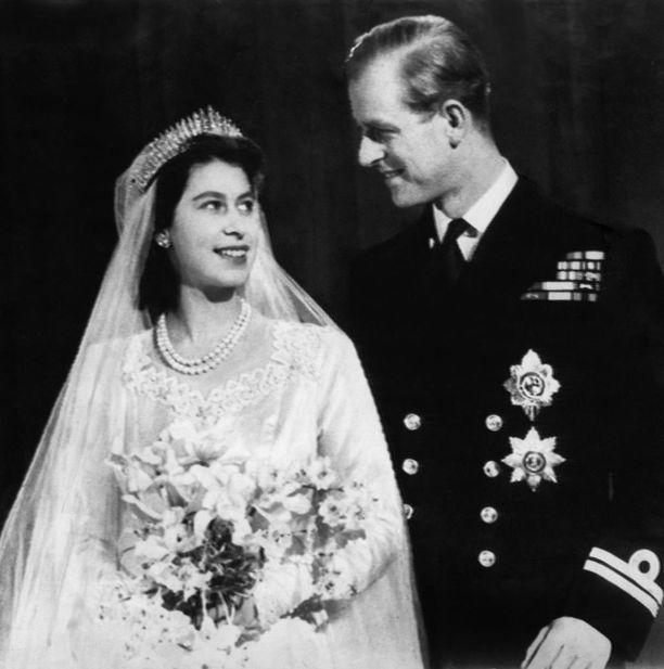 Pari avioitui marraskuussa 1947.
