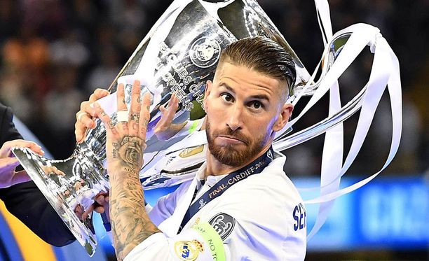 Sergio Ramos sai arvovieraita kesken dopingtestin.