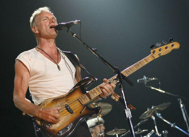 Sting esiintyy loppuunmyydyllä Helsingin Hartwall Areenalla tänään.