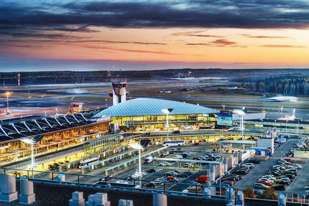 Ilmakuva nykyisestä Helsinki-Vantaasta osoittaa, kuinka hurjasti kenttä on kasvanut.