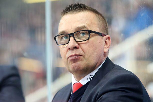 Ari-Pekka Selin valmentaa Helsingin IFK:ta toista kauttaan.