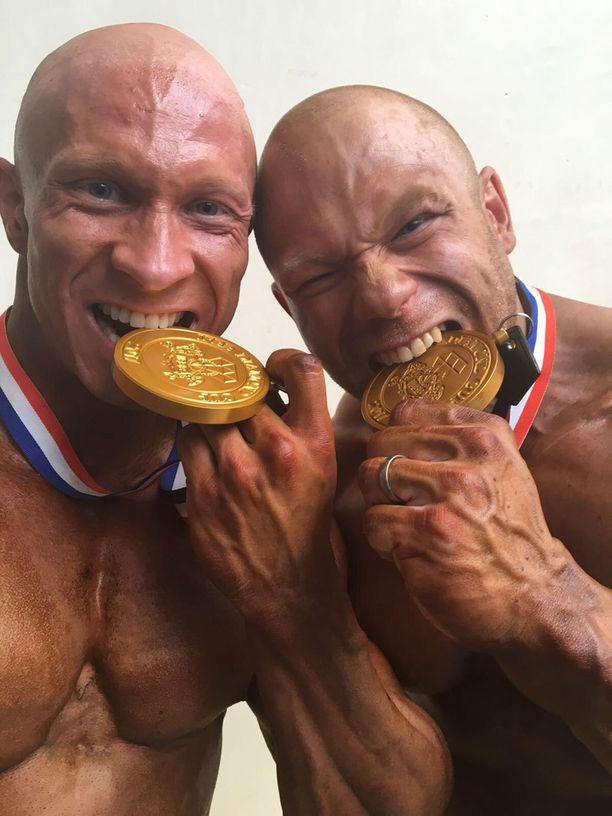 Mika Sihvonen voitti Portugalissa alle 80 kilon sarjan, Kille Kujala alle 100 kilon sarjan.