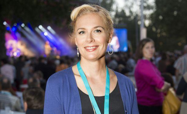 Piia Pasanen elää liigakevään hengessä. Kuva vuoden 2014 Tangomarkkinoilta.