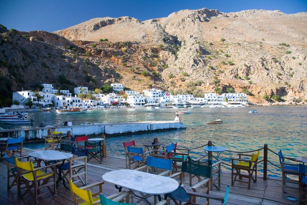 Kreetan ravintoloissa on tarjolla paikallisista raaka-aineista taiottuja herkkuja.