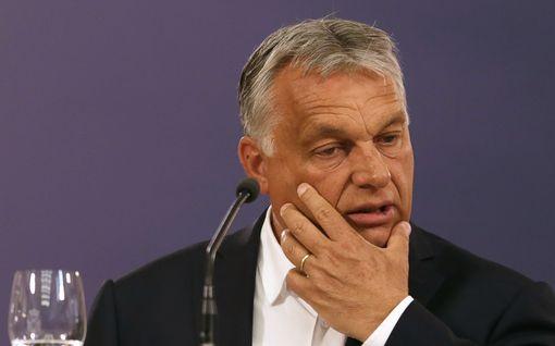 Kymmeniä hallituksen koronatoimia arvostelleita epäillään rikoksesta Unkarissa