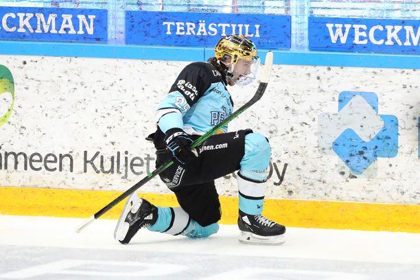Hannes Björninen teki tämän kevään pudotuspeleissä viidessä ottelussa seitsemän tehopistettä.