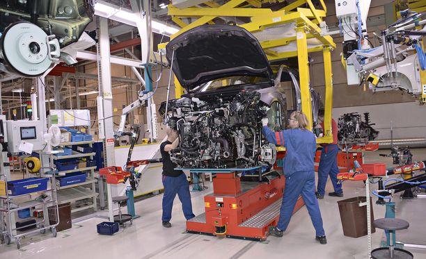 Nykyistä A-sarjan Mercedestä on tehty Suomessa ja nyt vahvistui, että myös nimenomaan tätä uutta malliversiota tehdään Suomessa.