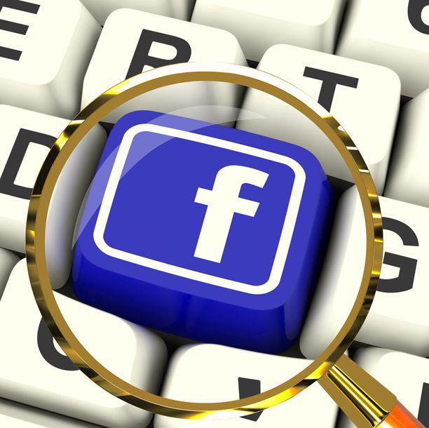 Facebook valitsee uutisvirrassa näkyvät postaukset monin eri perustein.