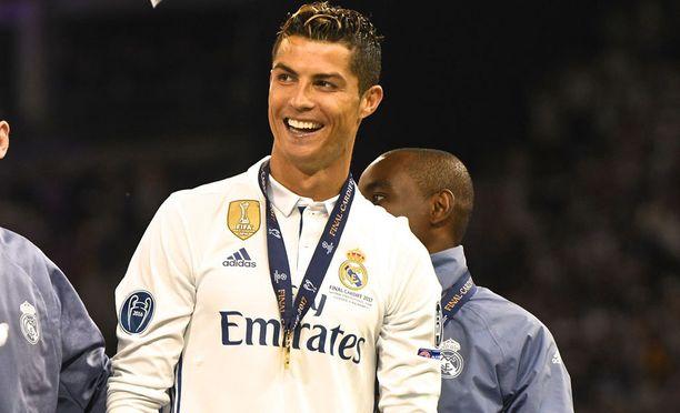 Cristiano Ronaldo on maailman kovatuloisin urheilija.