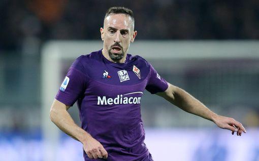 """Jalkapallotähden kotiin murtauduttiin Italiassa – pelkää perheensä turvallisuuden puolesta: """"En aio sietää tätä"""""""