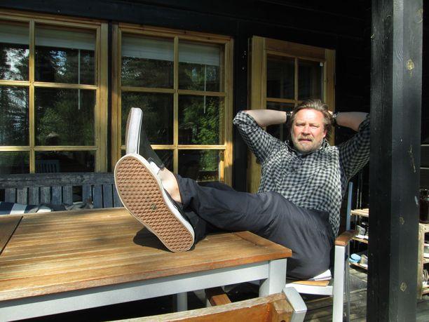 Christian Ruuttu on asunut jo yli kaksi viikkoa kakkosasunnollaan Luvialla.