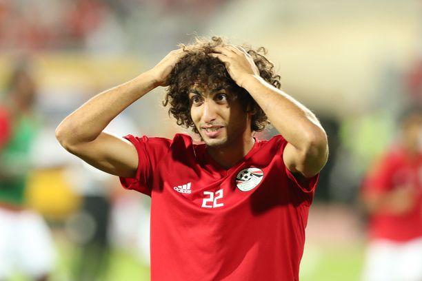 Kreikan liigassa pelaava Amr Warda potkittiin Egyptin maajoukkueesta kesken kisojen.