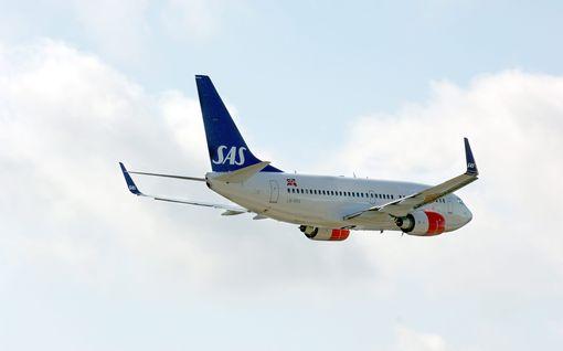 SAS ja Norwegian luopuvat maskivaatimuksesta Skandinavian-lennoilla – muttei Suomessa