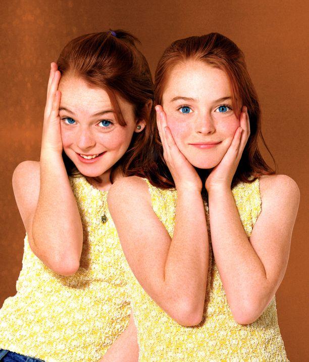 Lindsay Lohan lapsitähtenä Ansa vanhemmille -elokuvassa.