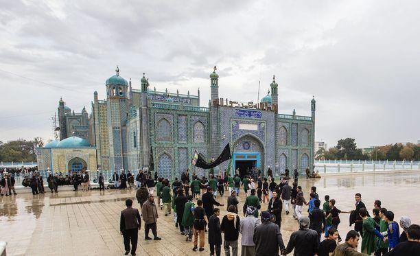 Kuva Mazar-i-Sharifin kaupungista, jonka lähellä sijaitsevassa tukikohdassa hyökkäys tapahtui.