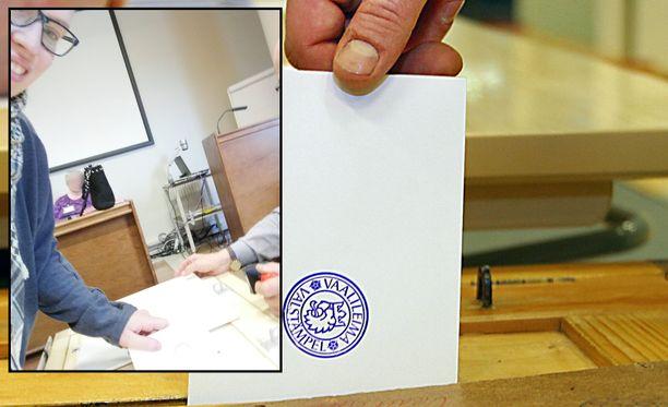 Hanna Miettinen pääsi lopulta äänestämään (pienempi kuva).