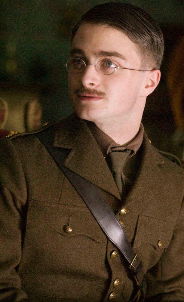 """Vuonna 2007 Radcliffe näytteli John """"Jack"""" Kiplingiä My Boy Jack -nimisessä tv-draamassa."""