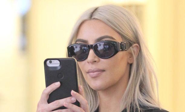 Kim Kardashianin elokuun lopussa julkaisema kuva olikin kaksi vuotta vanha.