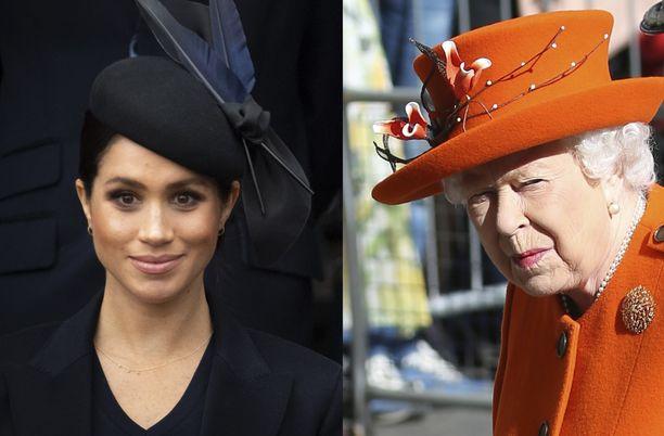 Meghanin päätös ei noudata hovin perinteitä. Kuningatar taas on kiihkeä perinteiden puolustaja.