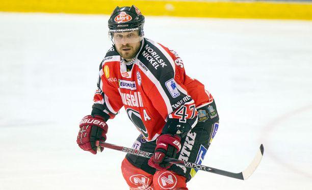 Tapio Sammalkankaan peli päättyi Raumalla jo ensimmäisessä erässä.