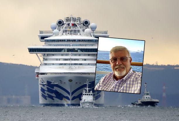 Matkustajat joutuivat kahden viikon karanteeniin. David Abel on kertonut kokemuksistaan.