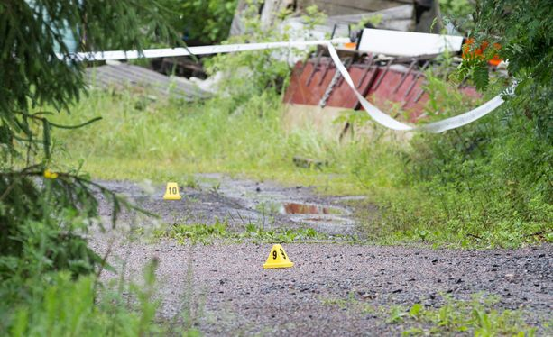 Poliisi ammuttiin Vihdissä myöhään perjantai-iltana.
