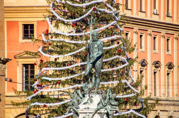 Bolognassa järjestetään Italian perinteikkäimmät joulumarkkinat.
