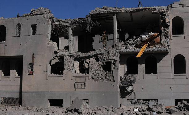 Jemenin pääkaupunki Sanaa oli joulukuussa ilmahyökkäyksen kohteena. Konflikti Jemenissä alkoi vuonna 2015.