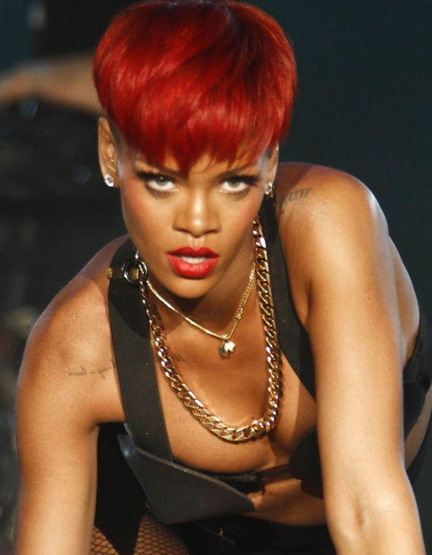 Rihannalta voi odottaa seksikästä lava-show'ta myös Suomessa.