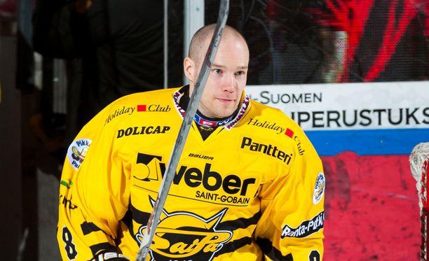 Ville Koho palasi pitkän poissaolon jälkeen Kisapuiston jäälle.